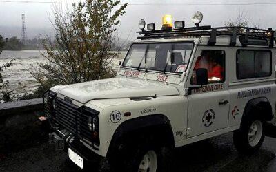 Jeep su fiume arno
