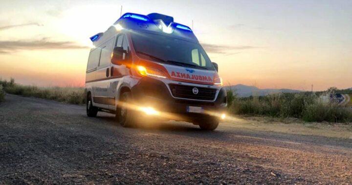 ambulanza al tramonto